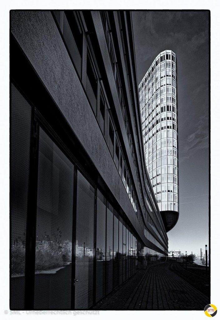 ADAC-Gebäude © Wolfgang Götschel - 1. Platz Beamerbilder 2016