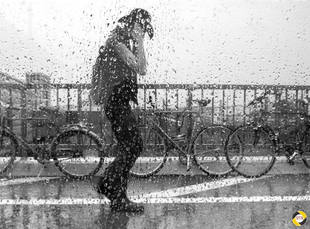 Auf der Brücke © Hannelore Kiefer